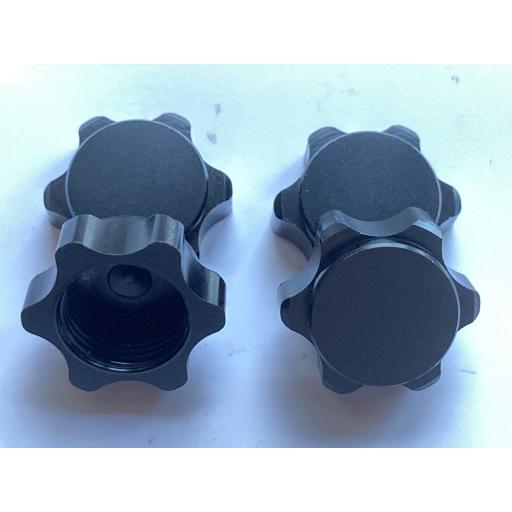 1/8 17mm Universal Black Non Slip locking Wheel Nuts x 4 Aluminium Alloy Dust Cap
